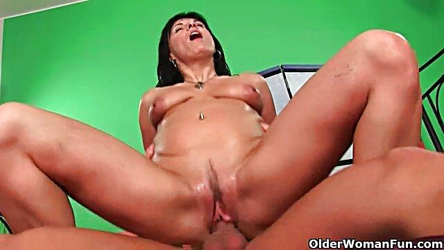 Busty Stepmom肛門に銀スパンデックス 女性 専用 無料 無 修正 動画