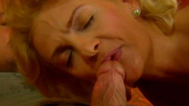 Bonnie 無料 アダルト 女性 用 Rottenはロバのお尻から狂ったように吹き飛ばされます